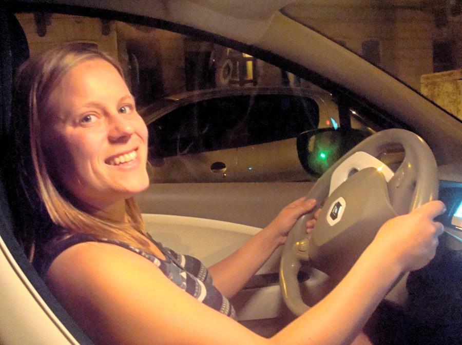 De elektrische buurtauto om te delen via Partago