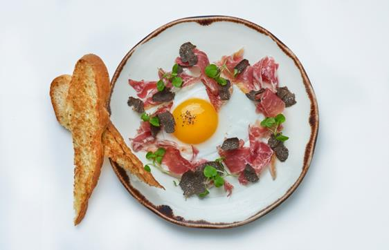 Brunch extended to Fridays at 34 Mayfair