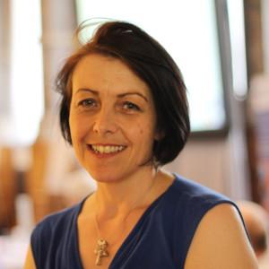 Dr Annette Bramley