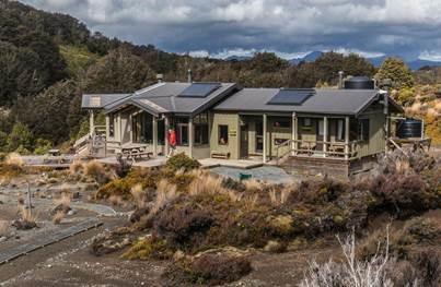 Waihohonu Hut Tongariro Northern Circuit Janette Asche ©