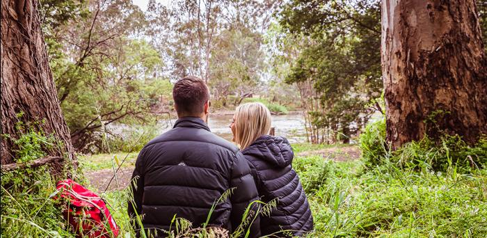 Two people enjoying the Goulburn River.