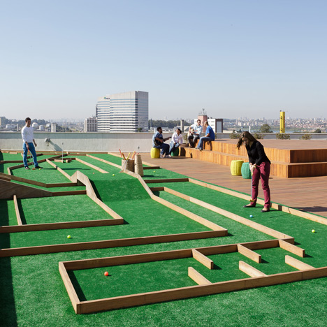 Walmart office in Brazil with a crazy golf course on the roof