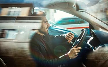 Car insurance premiums set new UK record