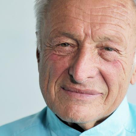 """""""As architects we have a responsibility to society"""" - Richard Rogers"""