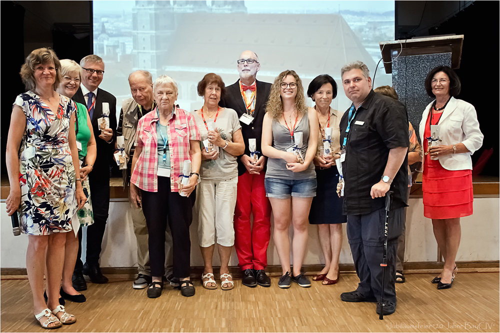 Regine Zille, President of BayCIV; Hanna Hermann, former editor of Schnecke; Prof. Ulrich Hoppe; Herbert and Else Egert; Renate Genkel; Prof. Jochen Mueller, one of the most experienced CI-surgeons in Germany; Christina Hock; Erika Bogár-Sendelbach; Aleksandar Dordevic; Dr. Martina Junius