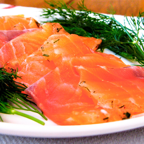 Gravlax Cured Salmon for Queen Lil