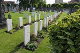 Ypres&#32;Town&#32;Cemetery&#32;Extension
