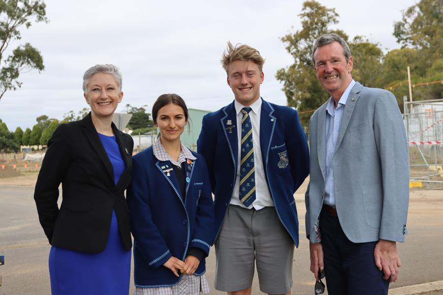 Neale Daniher with Principal and College Captains