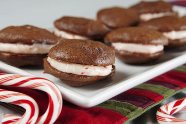 Peppermint Chocolate Whoopie Pies