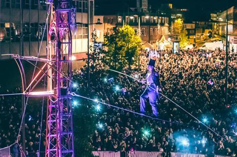 Tightrope over N&N festival