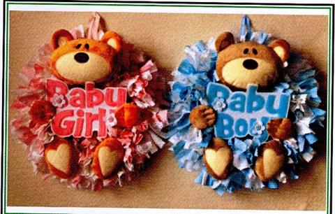 Baby Bear Wreath Pattern by Gail Penberthy