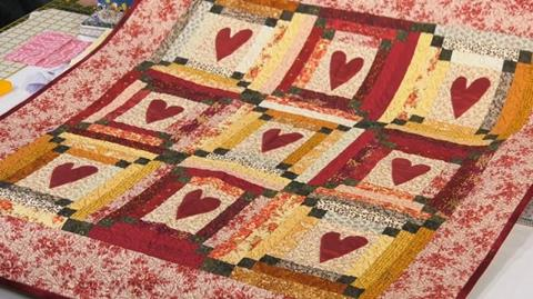 Scrap Hearts quilt with Valerie Nesbitt