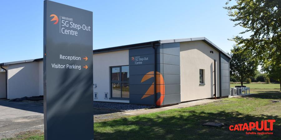 Westcott 5G Step-Out Centre