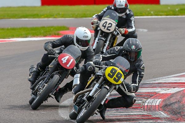 Close racing through the chicane at Donington Park