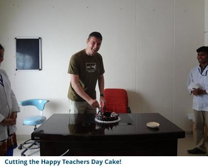 Cutting the Happy Teachers Day Cake!